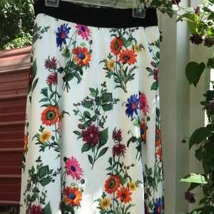 LulaRoe Floral Light weight maxi skirt